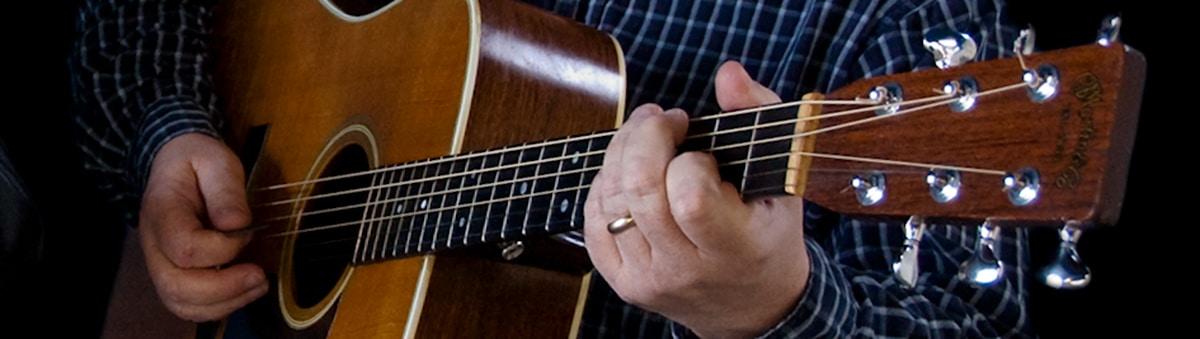 Dáithí Sproule guitar